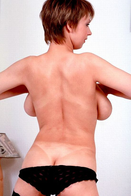 Big breasts from the back look very funny - 36