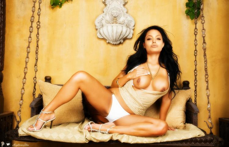 Celebrities made naked in Photoshop. Part 2 - 21