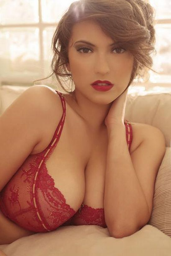 Francoise Boufhal, a model with fantastic breasts - 34