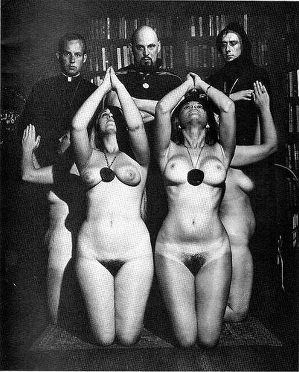 Daily erotic picdump - 02