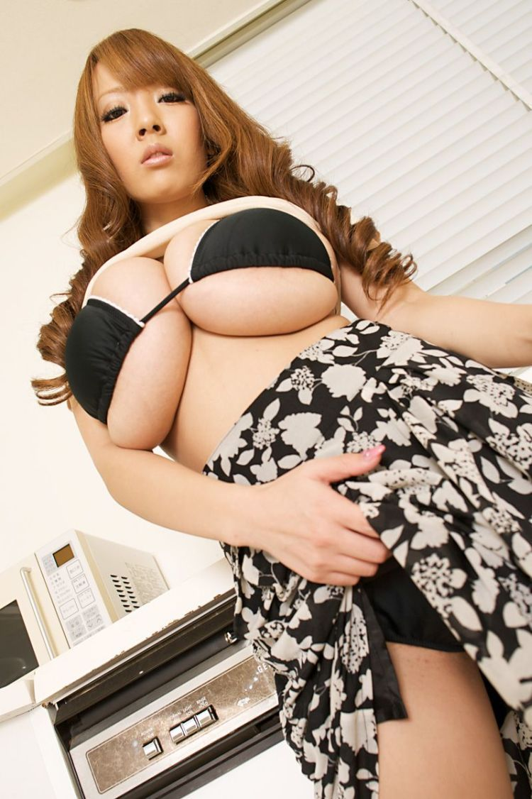 Wow! Asian babe with mega tits - 02