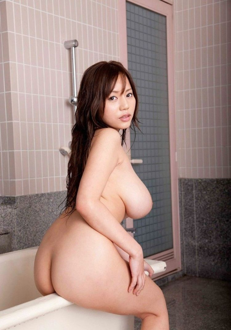 Busty Asian girl in the shower - 11