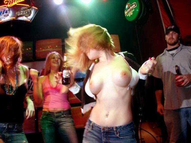 Girls showing their tities - 10