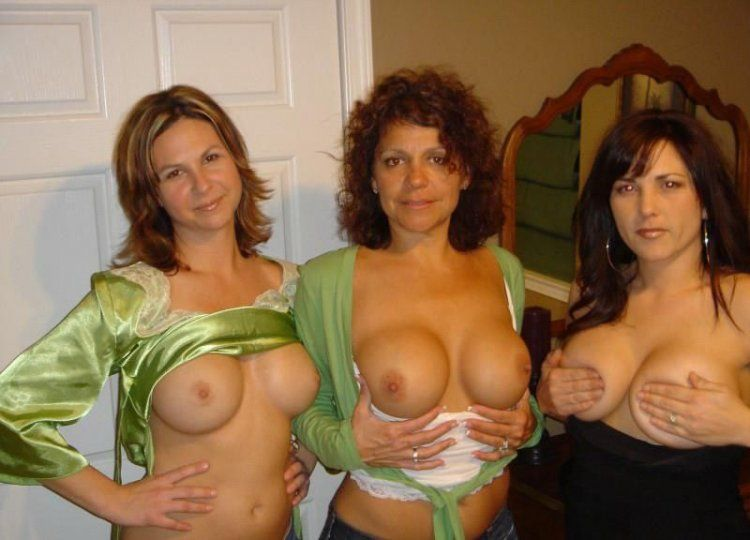 Girls show their tits - 52