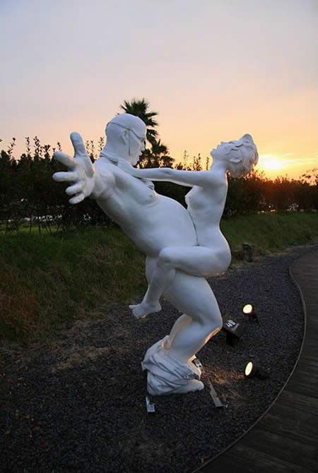 Such unusual monuments - 20