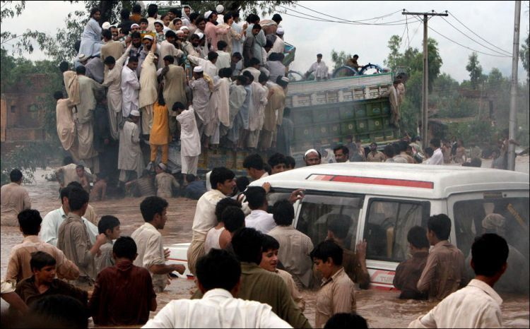 Horrible flood in Pakistan - 00