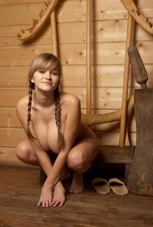 Russian beauty shows her natural forms - 12