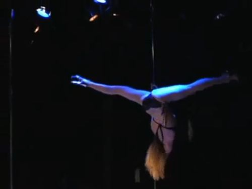 Outstanding pole dances - 20100804