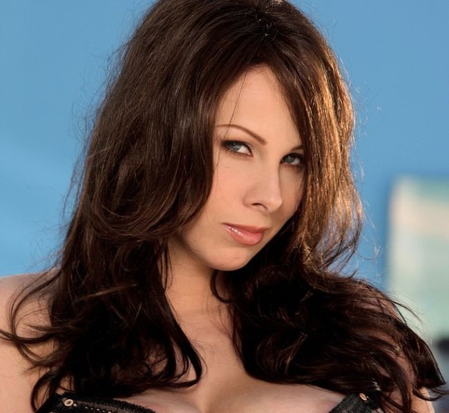 Gianna Michaels. She is simply superb! - 00