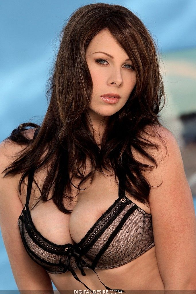Gianna Michaels. She is simply superb! (15 pics)