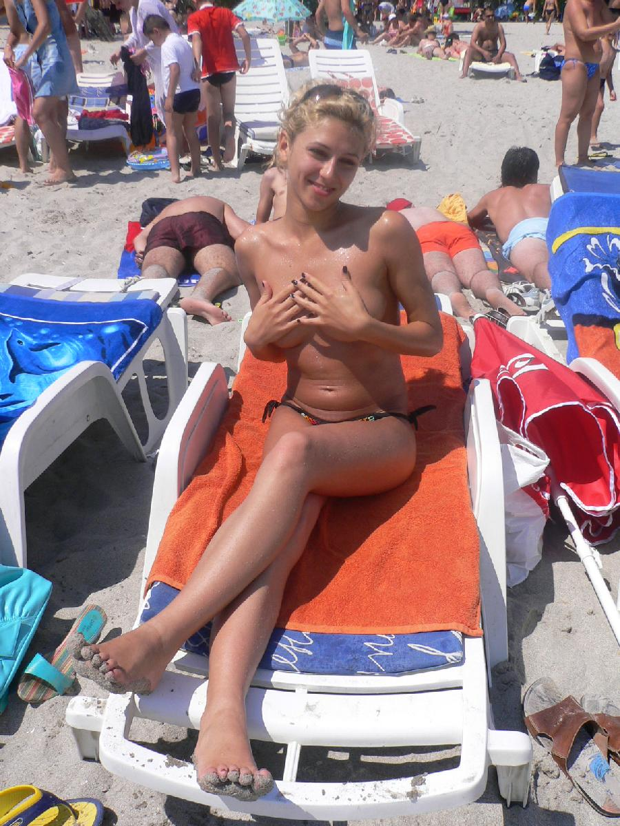 Blond chick on holiday - 23