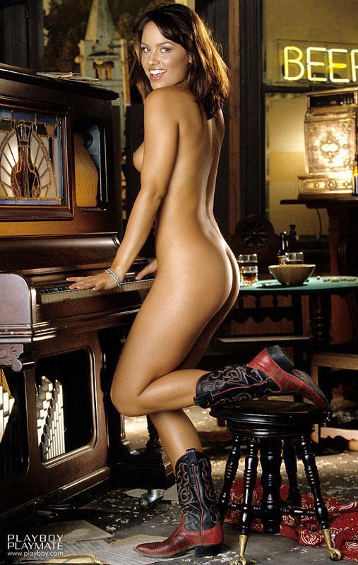 Pretty model Cara Zavaleta - 9