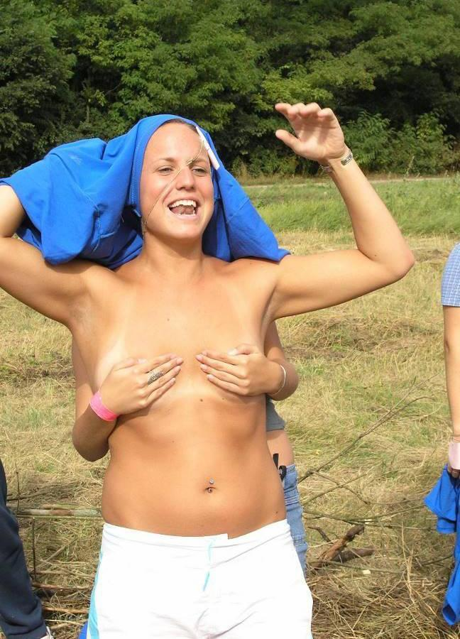 Crazy students and their college initiations - 26