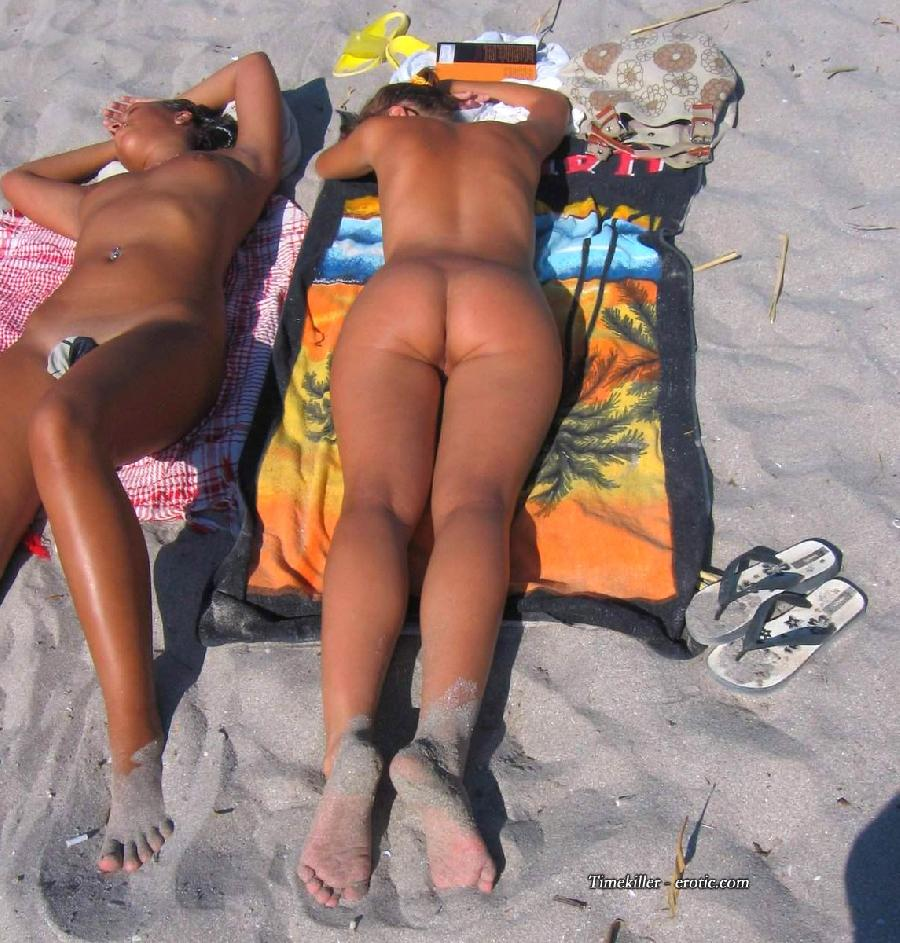 Hot girls on nudist beach - 33