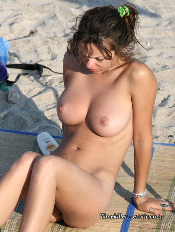 Hot girls on nudist beach - 40