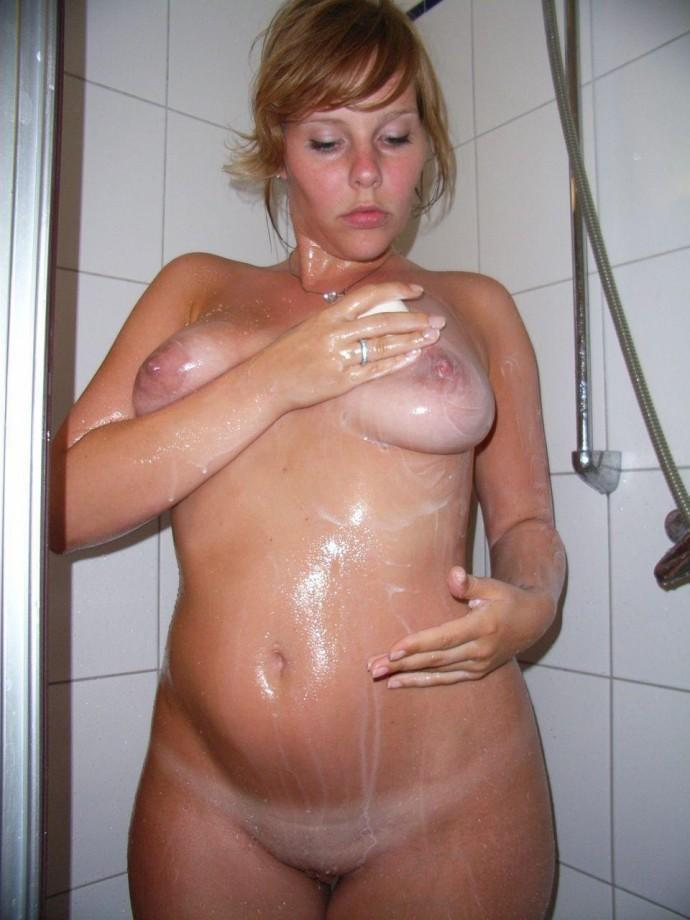 Hot amateur girl playing with oil and dildo - 9