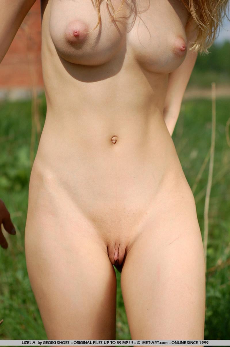 Nude girls bodies beautiful