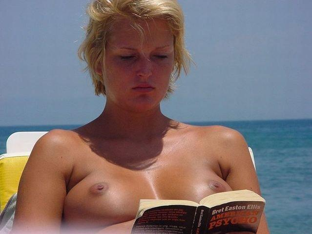 Beach topless - 27