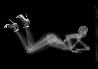 Unique pin-up calendar with x-rayed photos of models