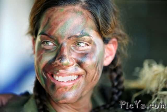 Beautiful female soldiers from Israel - 1