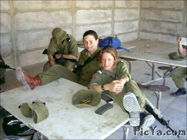 Beautiful female soldiers from Israel - 24