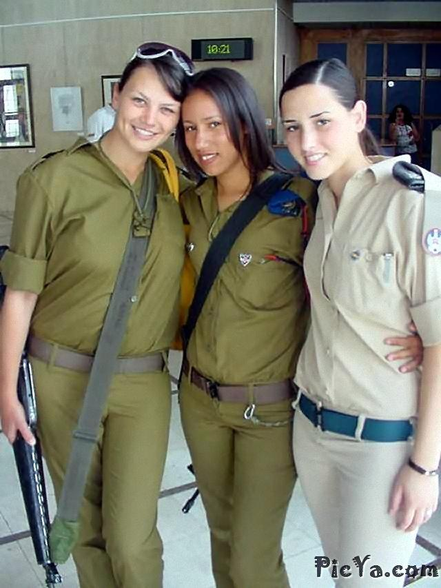 Beautiful female soldiers from Israel - 27