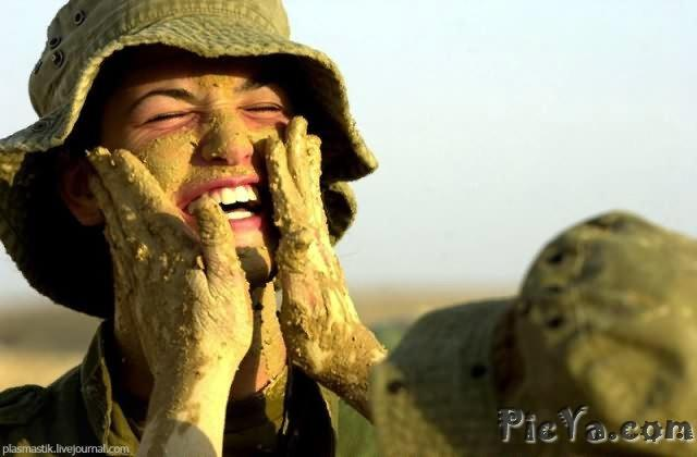 Beautiful female soldiers from Israel - 3