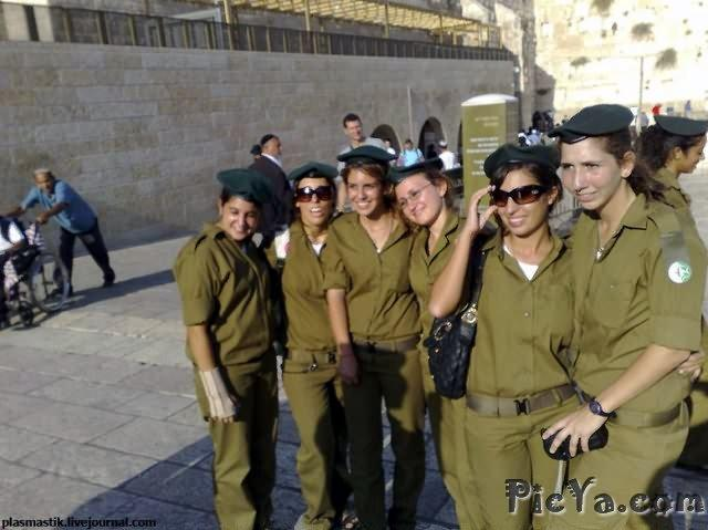 Beautiful female soldiers from Israel - 37