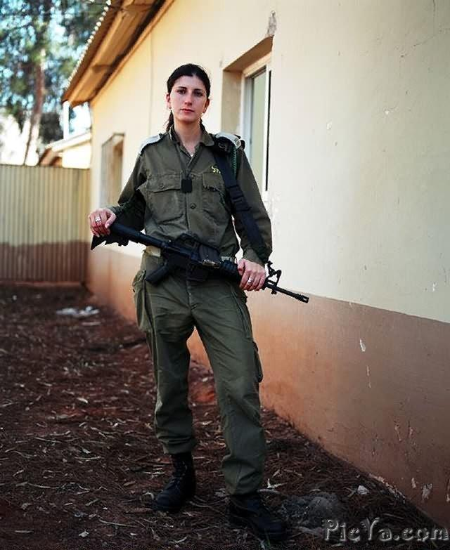 Beautiful female soldiers from Israel - 38