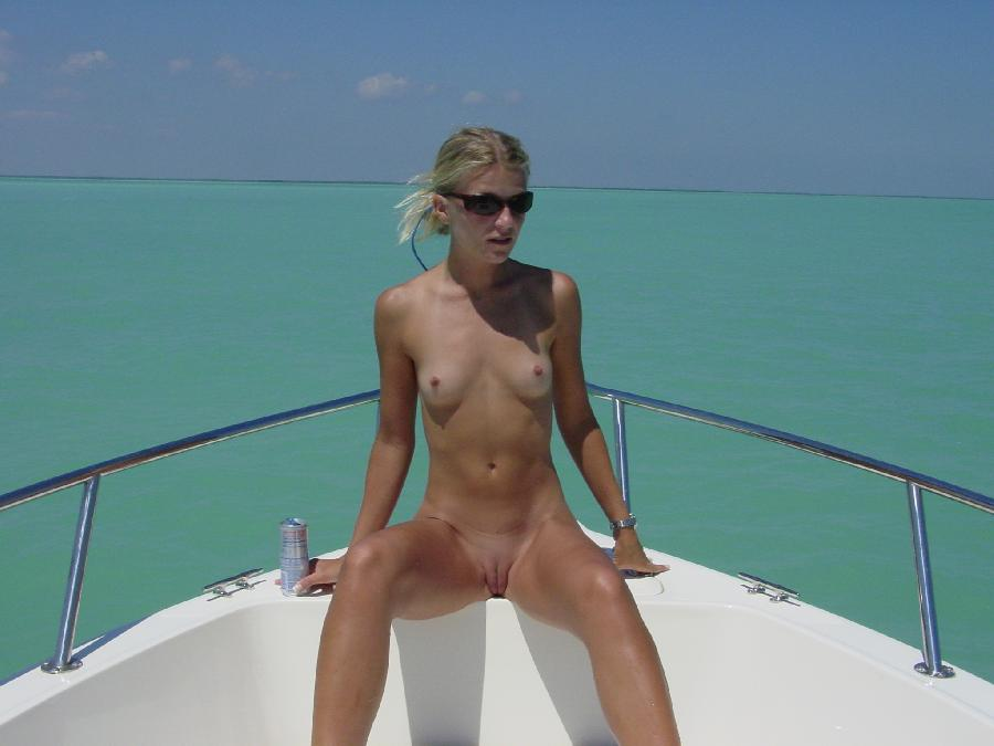 Sexy blonde and her holiday on boat - 7