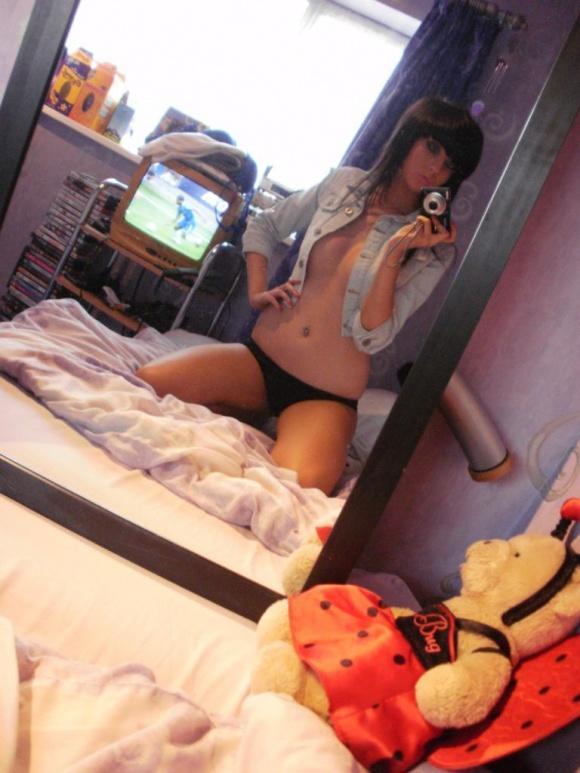 Hot n horny scene chick - 9