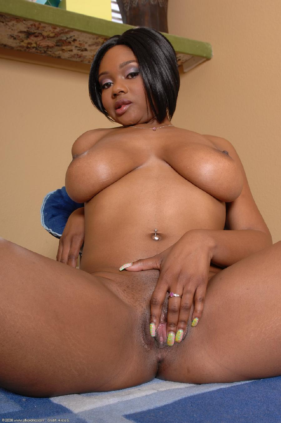 Black girl with firm ass - 8